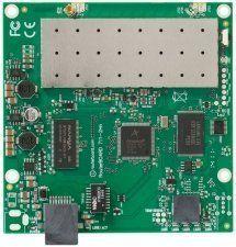 Описание Mikrotik RB711-2HnMikrotik RB711-2Hn - многофункциональная материнская плата с интегрированным радиомодулем. WiFi-модуль работает в диапазоне 2