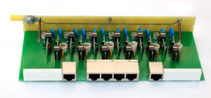 Описание Info-Sys РГ4PoE-6LSA Предназначен для защиты оборудования, использующего среду передачи Ethernet 10/100Base-TX, поддерживающего технологию PoE (Power Over Ethernet IEEE 802