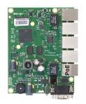 Описание MikroTik RB450Gx4 Материнская плата — с пятью гигабитными Ethernet-портами, объёмом NAND-памяти 512 MБ, консольным портом и слотом под карту microSD — предназначена для встраивания в пользовательский корпус и построения компактного высокоэффективного маршрутизатора
