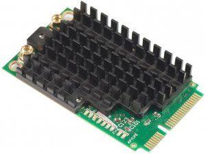Описание Mikrotik R11e-2HPnDОтлично подходит для новых плат RB912, RB800 или адаптеров RB11e для x86. Радиокарта имеет LED индикаторы, которые отображают режимы работы, состояние подключения (подключено, поиск, отключено), активность передачи данных и уровень сигнала, что позволяет легко производить установку и юстировку оборудорвания
