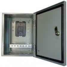 TFortis CrossBox-1 - Уличный антивандальный коммутационный шкаф, металлический шкаф с оптическим кроссом, размеры - 395х310х220 мм, IP54 для PSW-1 / PSW-11 / PSW-2G4F / PSW-1G4F