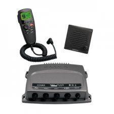 Радиостанция Garmin VHF 300 предлагает радиосвязь с мощностью передачи 1 или 25 Вт и поддержку нескольких станций, обеспечивая для Вас гибкость и удобство, необходимые для безопасной навигации и связи в открытом море